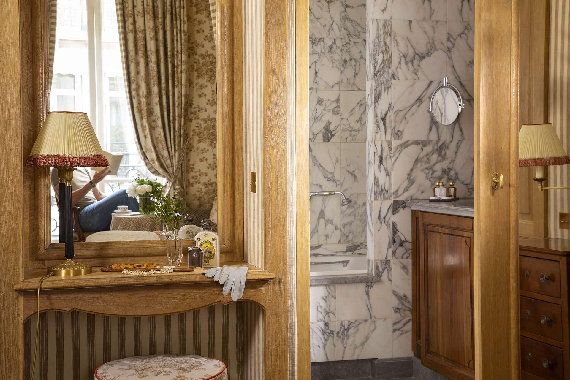 Chambre Deluxe - Hôtel Chambiges Elysées **** | SITE OFFICIEL | Réservation directe